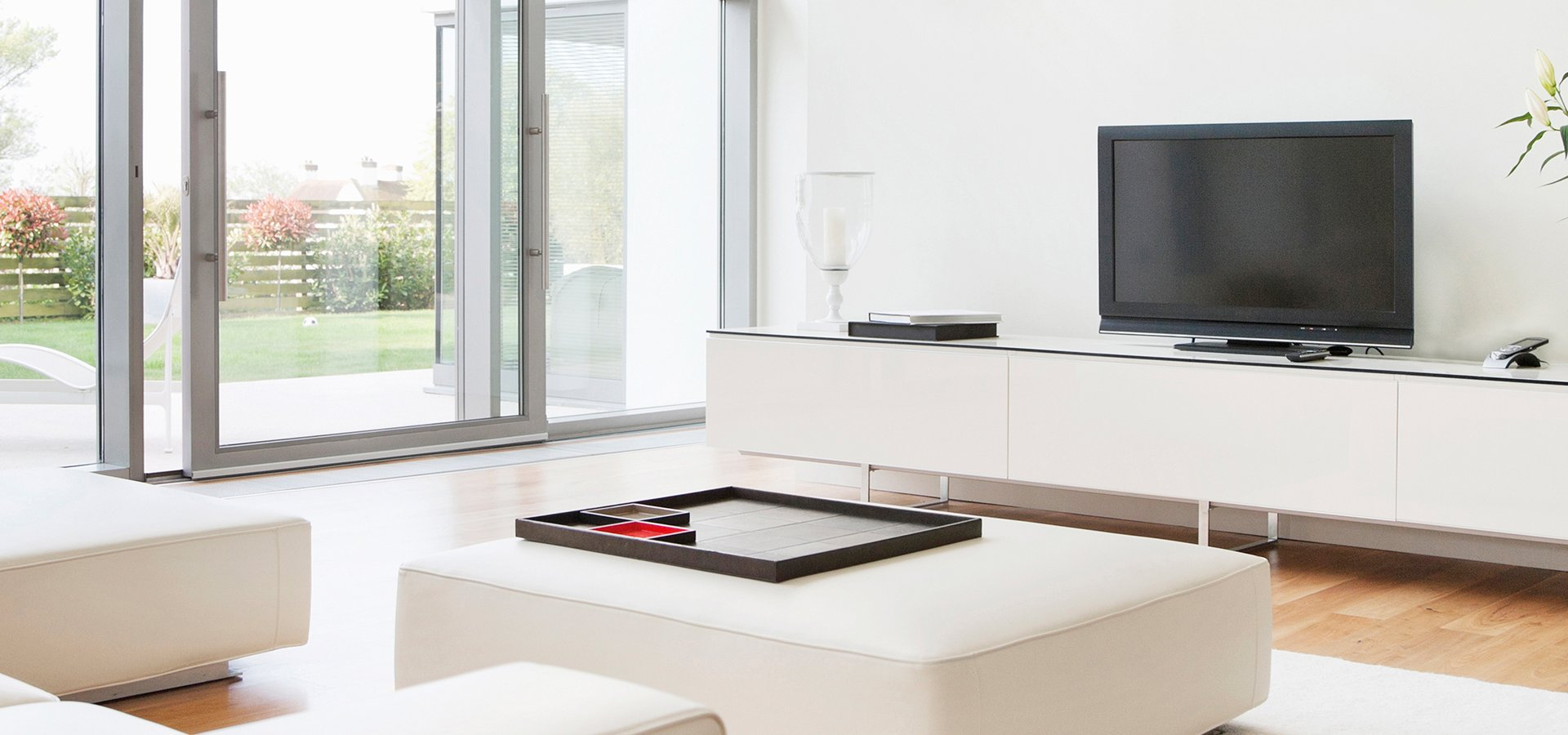 Smart Home with Entertainment